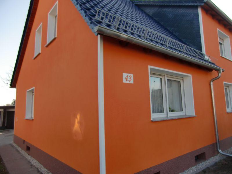 Fassade MFH Tettau 4